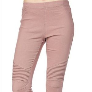 Pants - NWT Dusty Mauve Moto Jeggings